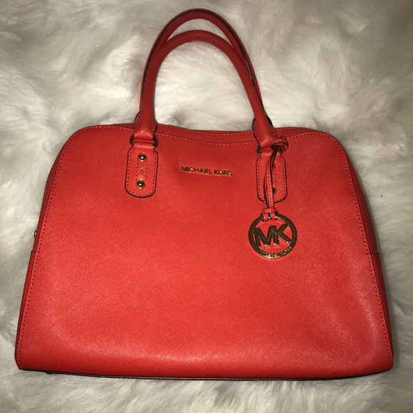Michael Kors Handbags - Michael Kors Handbag in a burnt orange